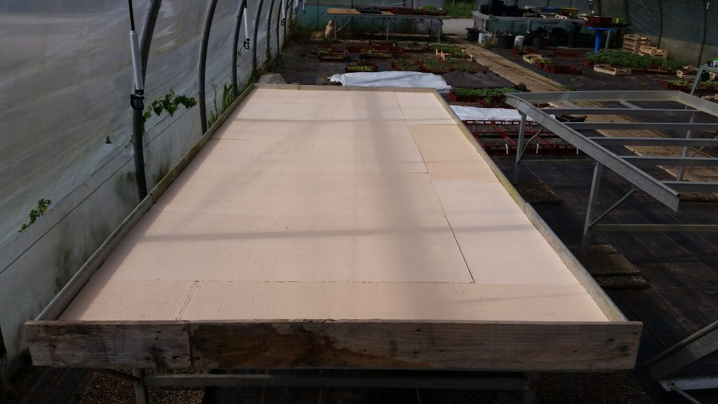 Table chauffante semis plaque polystyrène autoconstruction fabrication câble résistance nappe